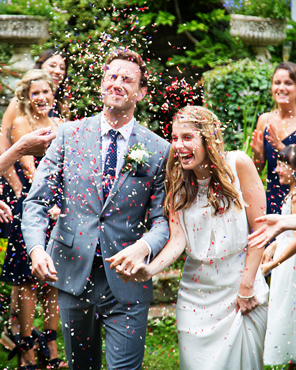 martin dabek wedding couple with confetti